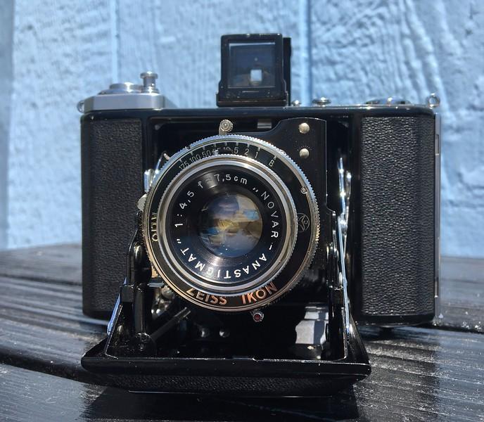 Zeiss Ikon Ikonta ~ 1950