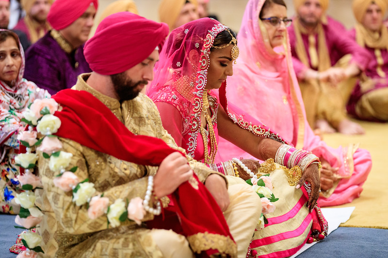 Neelam_and_Matt_Gurdwara_Wedding-1399.jpg