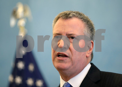 nyc-mayor-to-business-leaders-start-pay-at-13-an-hour