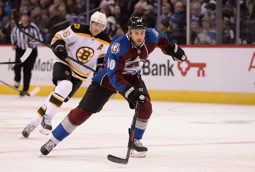 . DENVER, CO - JANUARY 21: Colorado Avalanche center Ryan O\'Reilly (90) skates up ice again the Boston Bruins January 21, 2015 at Pepsi Center. (Photo By John Leyba/The Denver Post)