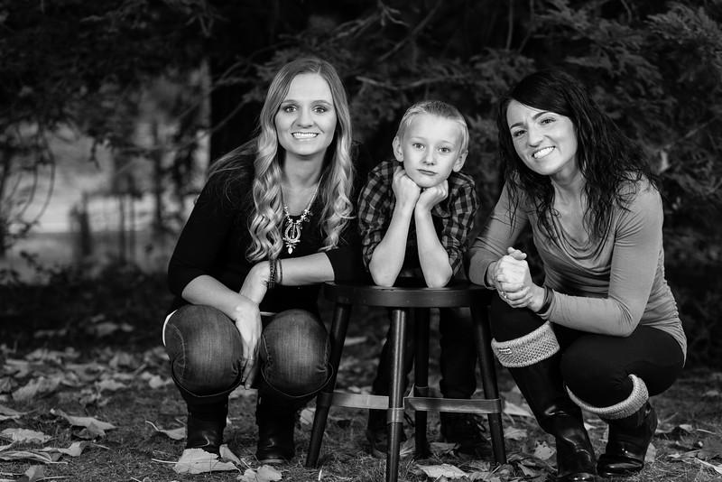 12-4 Mellisa's family photos-181-2.jpg