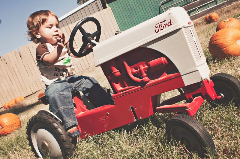 Eli_Tractor.jpg