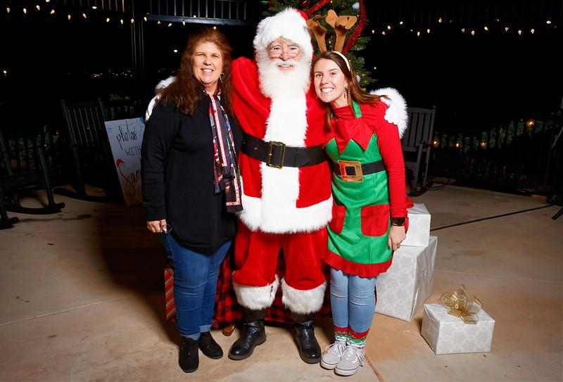 Cramerton Photos with Santa 2019 - 00087_DxO.jpg