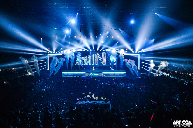 Armin Only at SM MOA Arena (2).jpg