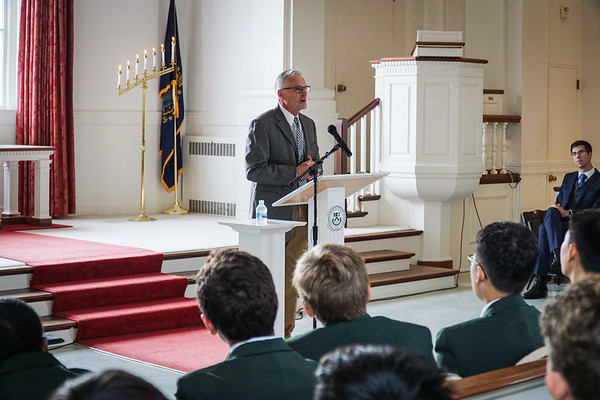 Cardigan Welcomes Chapel Speaker Peter Garrison '70