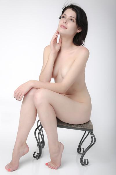 Mary June Art Nude-7772.JPG