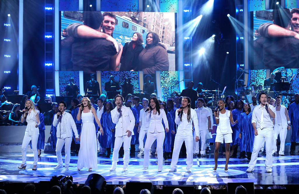 """. American Idol contestants perform at the \""""Idol Gives Back\"""" fundraising special of \""""American Idol\"""" in Los Angeles on Sunday April 6, 2008. From left are: Brooke White, David Archuleta, Kristy Lee Cook, David Cook, Carly Smithson, Jason Castro, Syesha Mercado and Michael Johns. (AP Photo/Mark J. Terrill)"""