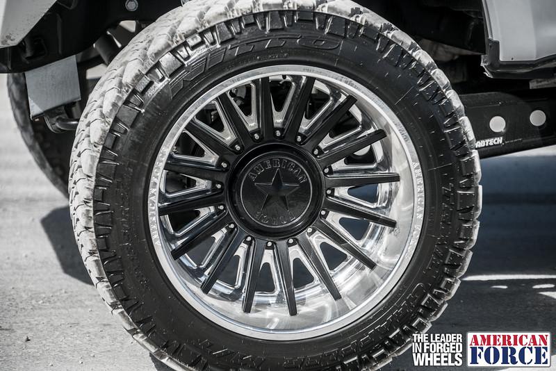 Champion4x4-Juan.S-White-2017-Ford-F250-Polish-Black-24x14-Tactical-Crown-WEB-180131-DSC00369-71.jpg