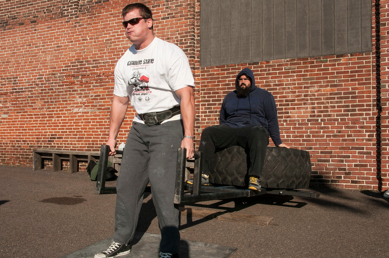 Strongman Saturday 11-10-2012 (Deadlift)_ERF0546.jpg