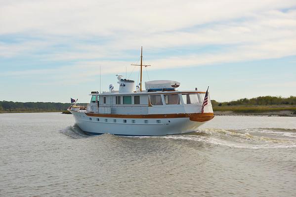 "Trumpy Yacht ""Bernadette"" 11-09-11"