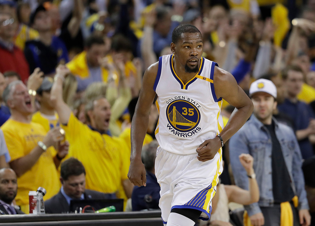 . Golden State Warriors forward Kevin Durant (35) against the Cleveland Cavaliers during the second half of Game 2 of basketball\'s NBA Finals in Oakland, Calif., Sunday, June 4, 2017. (AP Photo/Marcio Jose Sanchez)