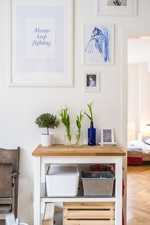 How to Decorate your Space with Wall Art