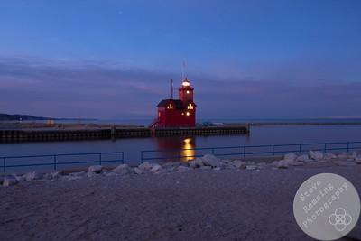 Holland Harbor Light