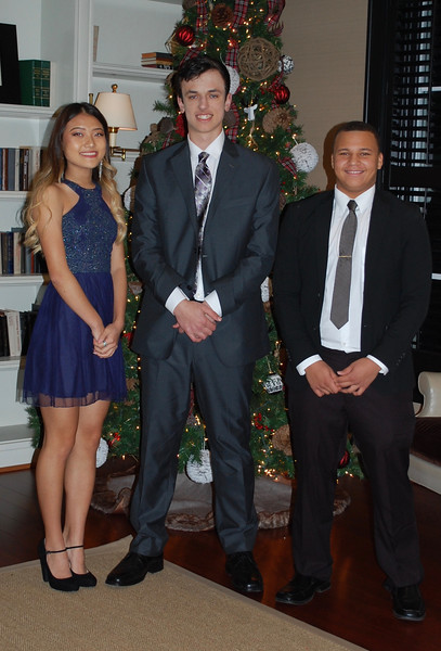 2016_12_03_Winter Formal07.jpg