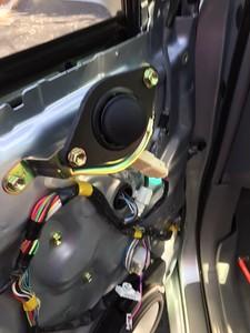 2003 Toyota 4Runner  Speaker And Tweeter Installation - USA