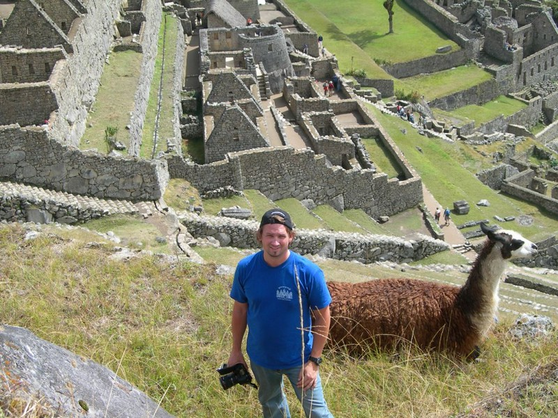 dave with llama.jpg