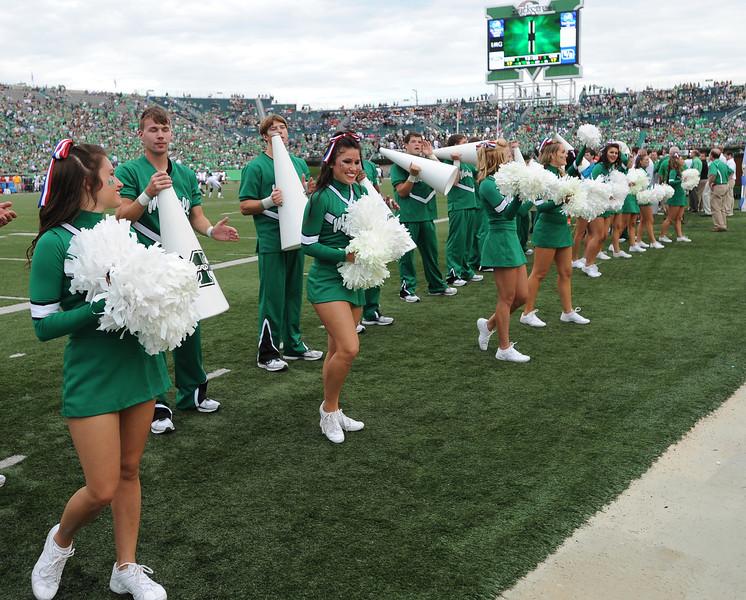 cheerleaders2622.jpg