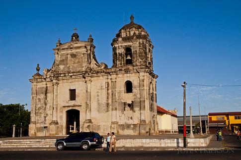 Iglesia San Juan de Dios Leon
