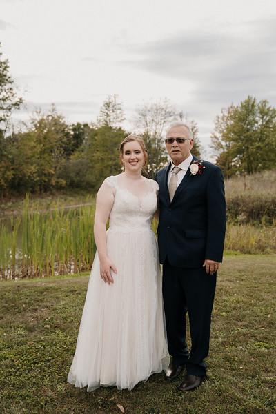 rustic_ohio__fall_barn_wedding-261.jpg