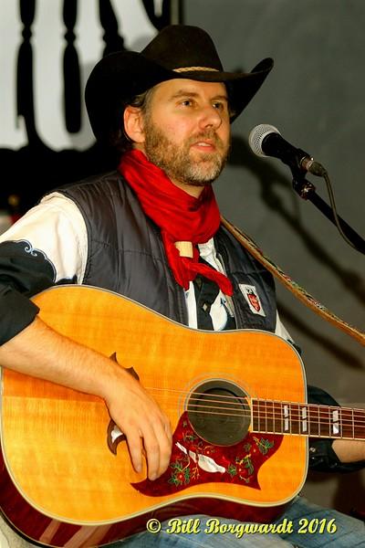 Tim Hus - Moonshiners 070a.jpg