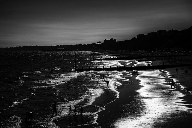 Bournemouth 2017 - Mono