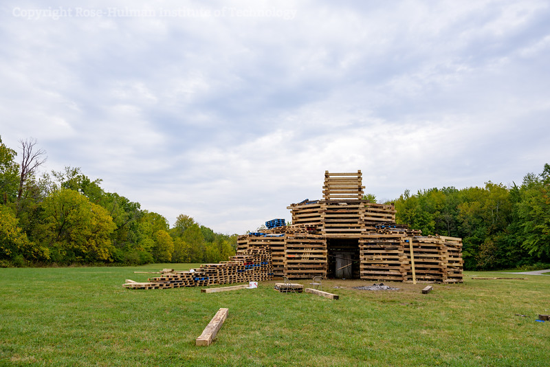 RHIT_Homecoming_2017_BONFIRE-20950.jpg