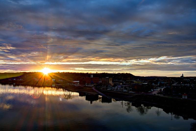 Marrietta-Ohio-River-Sunset9-Beechnut-Photos-rjduff.jpg
