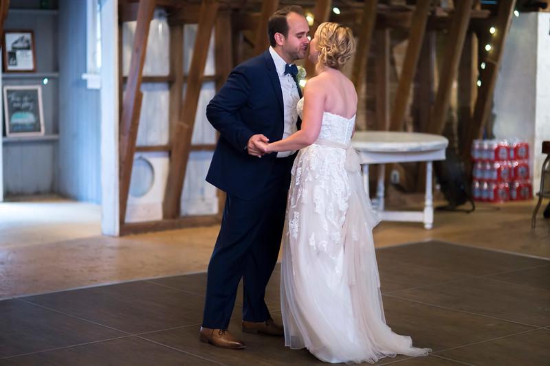 Garrett & Lisa Wedding (567).jpg