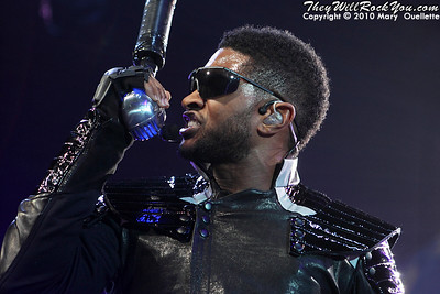 Usher <br> December 21, 2010 <br> TD Garden - Boston, MA <br> Photos by: Mary Ouellette