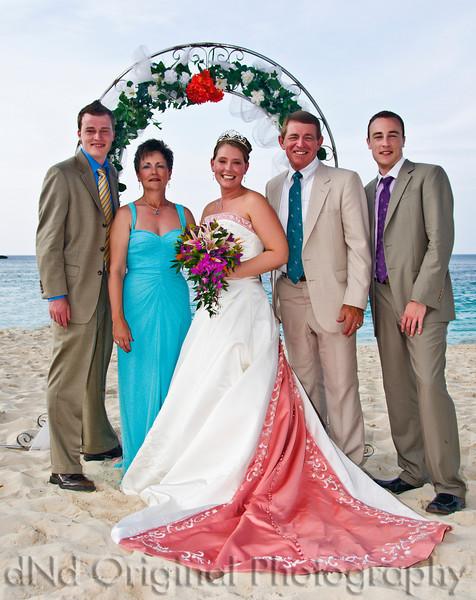 081 Wedding & Dinner - Heather & Family.jpg