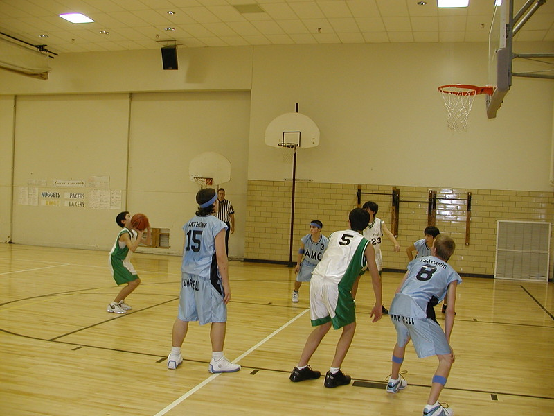 2004-02-07-GOYA-Holy-Cross-Tournament_013.jpg