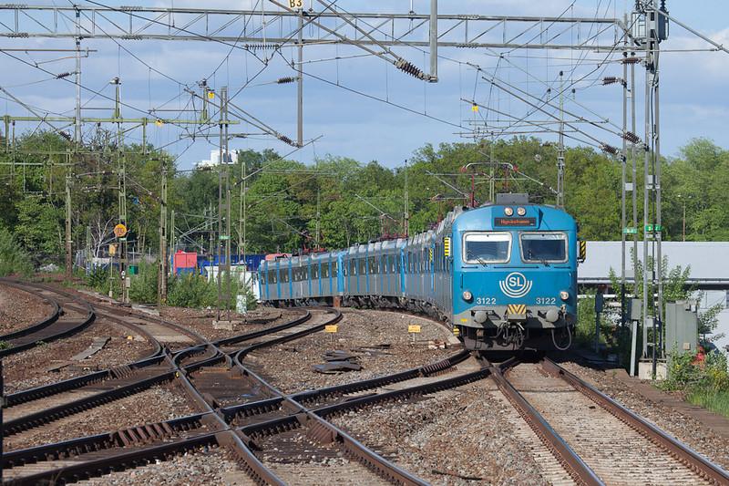 X12 in Älvsjö.