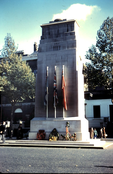 1959-10-25 (17) Cenotaph, Whitehall, London.JPG