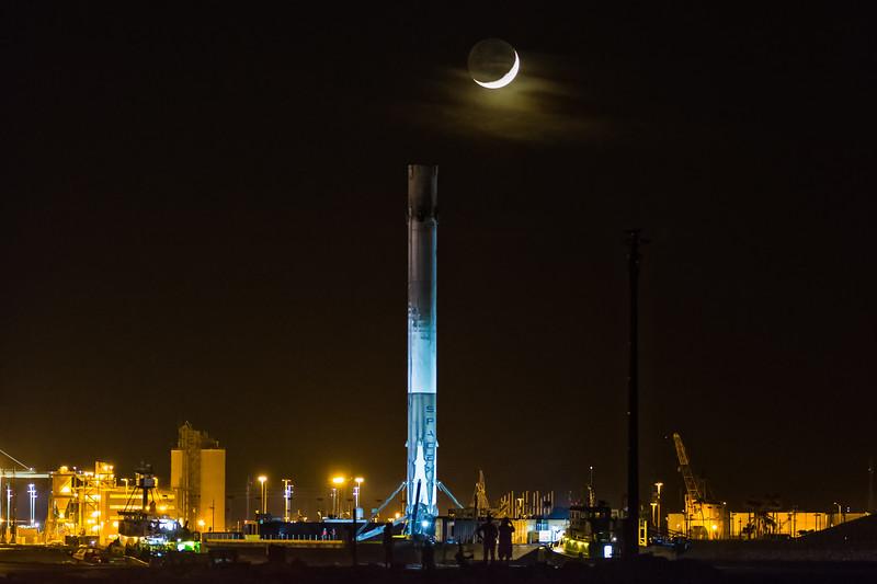 JCSAT-14 Falcon9 returns to port
