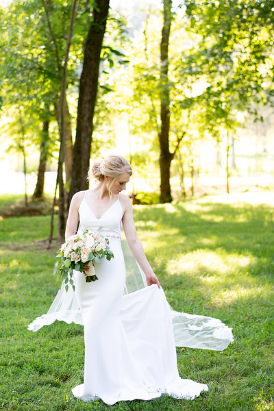 elegant-bridal-portraits.jpg
