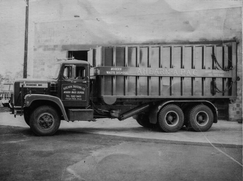 Diamond Reo Anchor-Pac Roll Off Truck