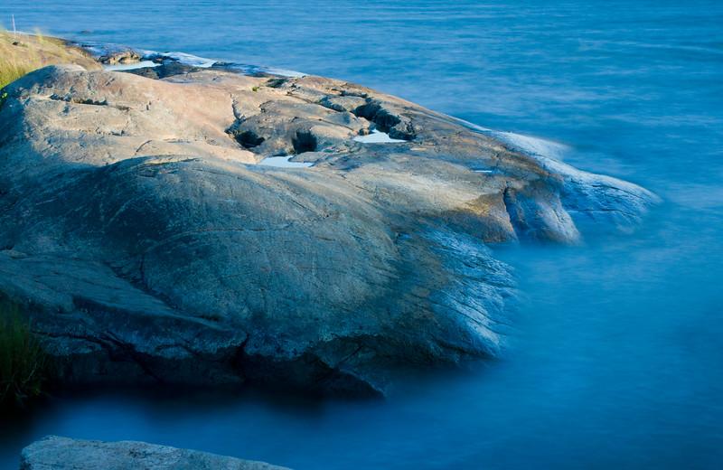 Granite Rock descending in the Baltic Gulf