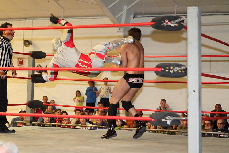 wrestling329.JPG
