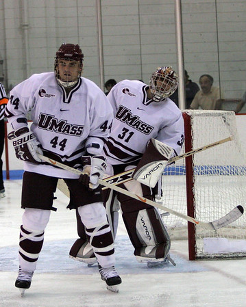 University of Massachusetts Mens NCAA Ice Hockey 2004-2005