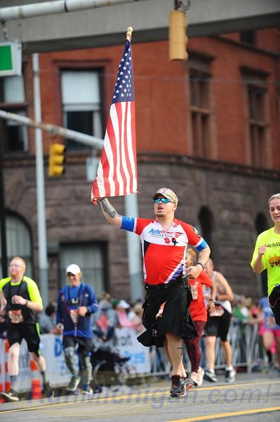 Featured Gallery #1 (v) - 2017 Detroit Free Press Marathon