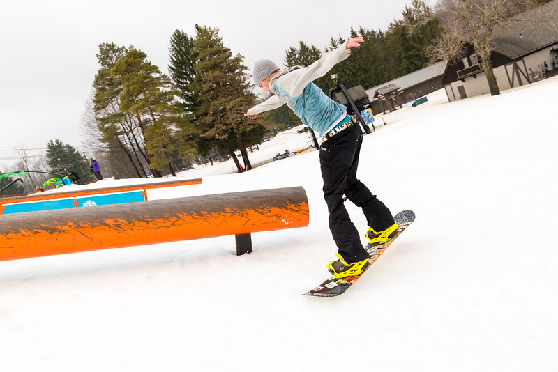 Pool-Party-Jam-2015_Snow-Trails-877.jpg