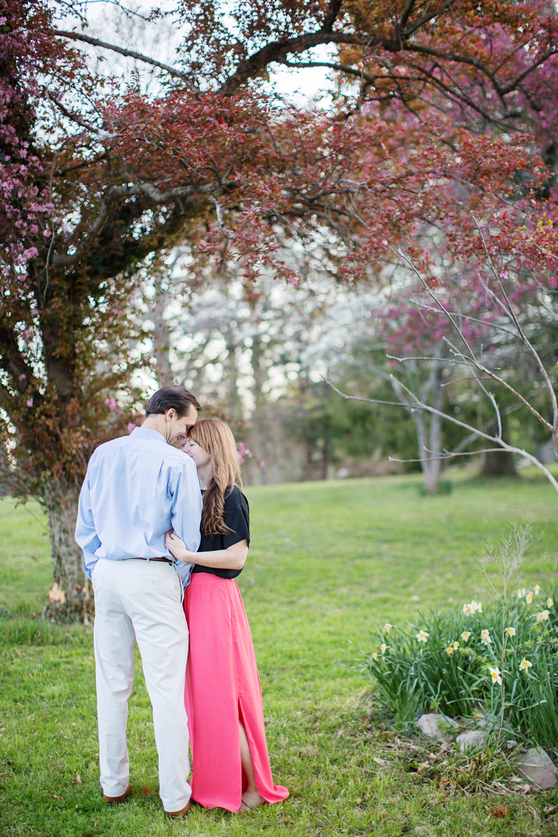 Washington DC rustic engagement photos by Jalapeno Photography.