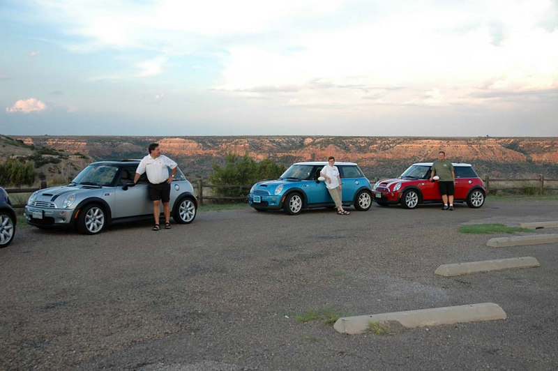 The evening sun at Palo Duro canyon. After driving almost all day, all we can do is lean on the MINIs.