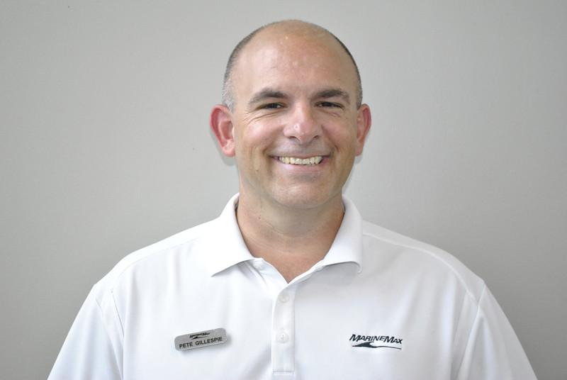 Pete Gillespie_DAL_Service Manager_headshot.JPG