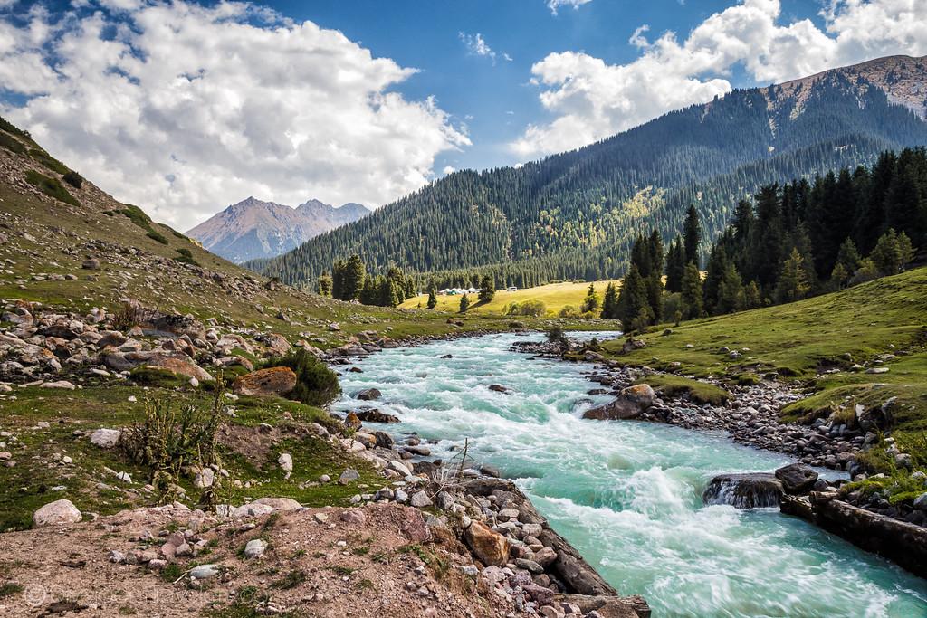Kyrgyzstan Photos: Jeti Oguz Valley