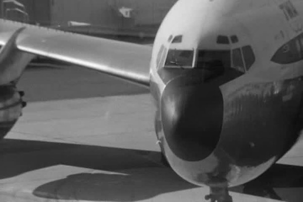 TheLovedOne_Airport_01-15.avi