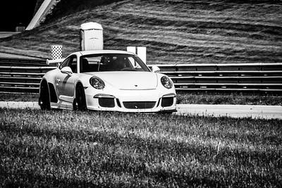 2021 SCCA TNiA Pitt May 20 Adv White Porsche Wing
