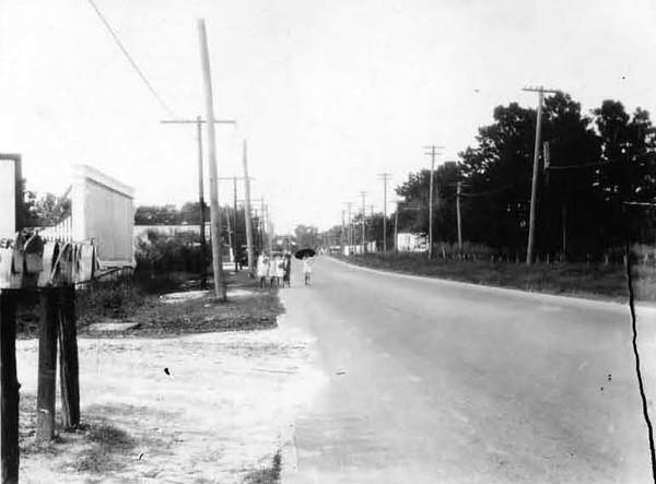 1928-Lake Shore Blvd - Fishweir School.jpg