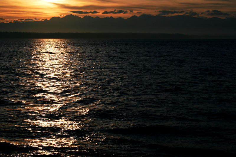 080221-002 (Sunset, Useless Bay, Whidbey Is, WA).jpg
