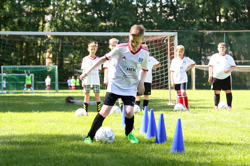 hsv_fussballschule-282_48048033802_o.jpg